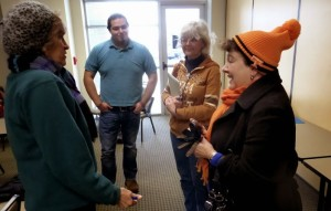 """Carolyn Inman Recruits Volunteers to Help her """"FLYER"""" Knoxville"""